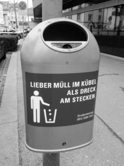 muell_im_kuebel